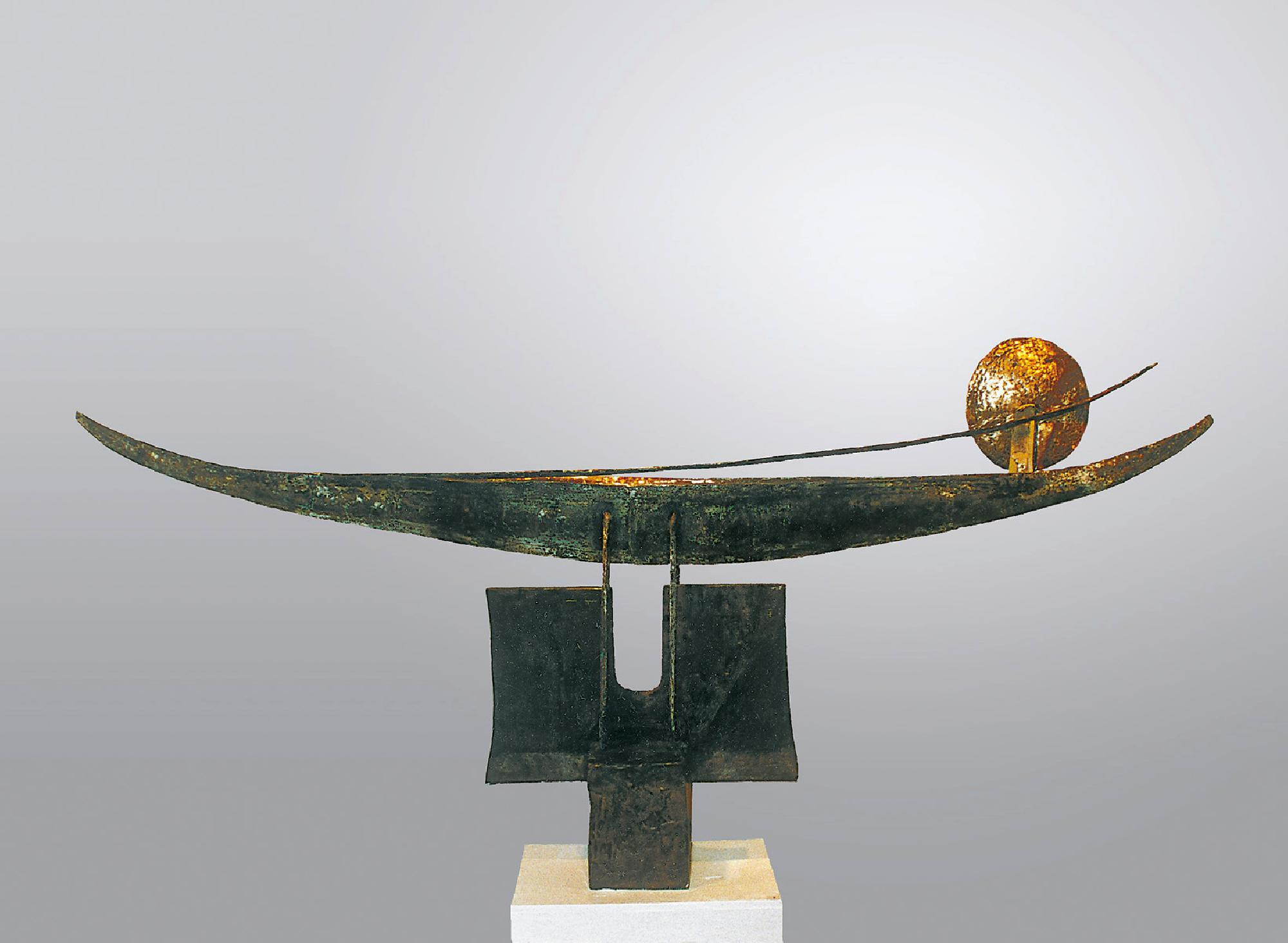 Leonard Lorenz: Beyond the Horizon there is Continuation 1992 310 × 90 × 50 cm Bronze